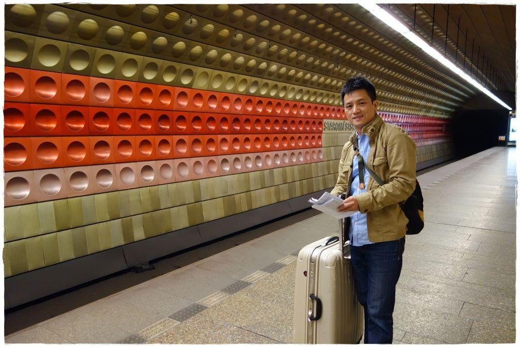 地鐵-11