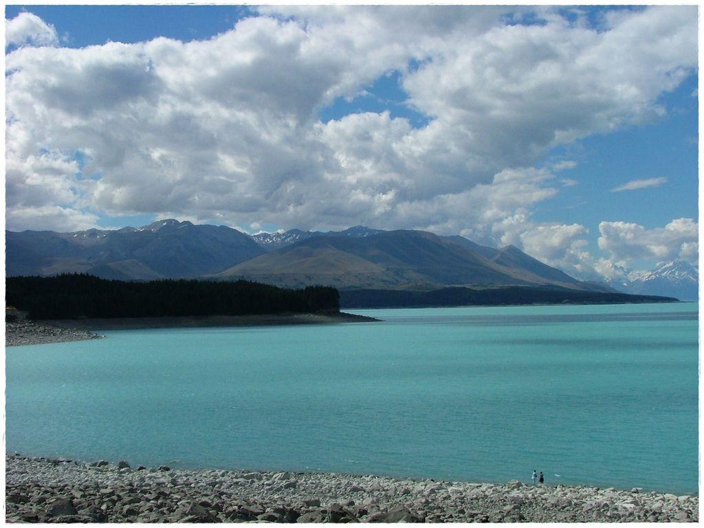湖-2.jpg