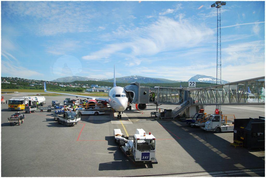 挪威到羅島轉機-2.JPG