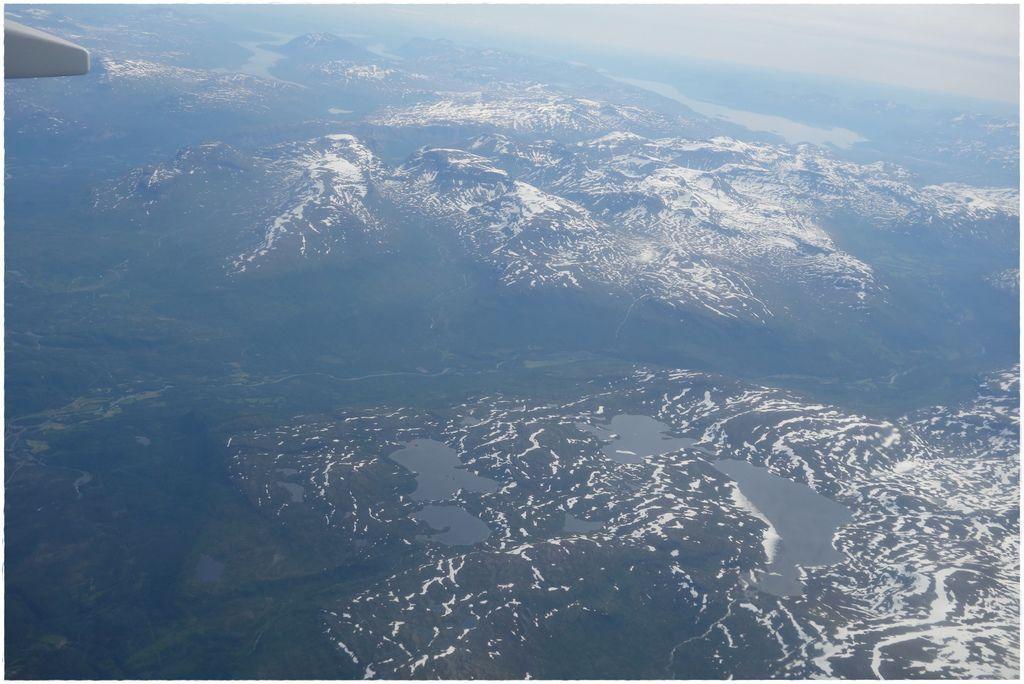挪威前往羅島轉機-2.JPG