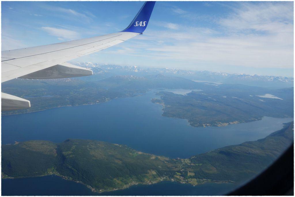 挪威前往羅島轉機-3.JPG