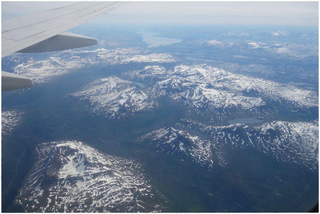 挪威前往羅島轉機-1.JPG