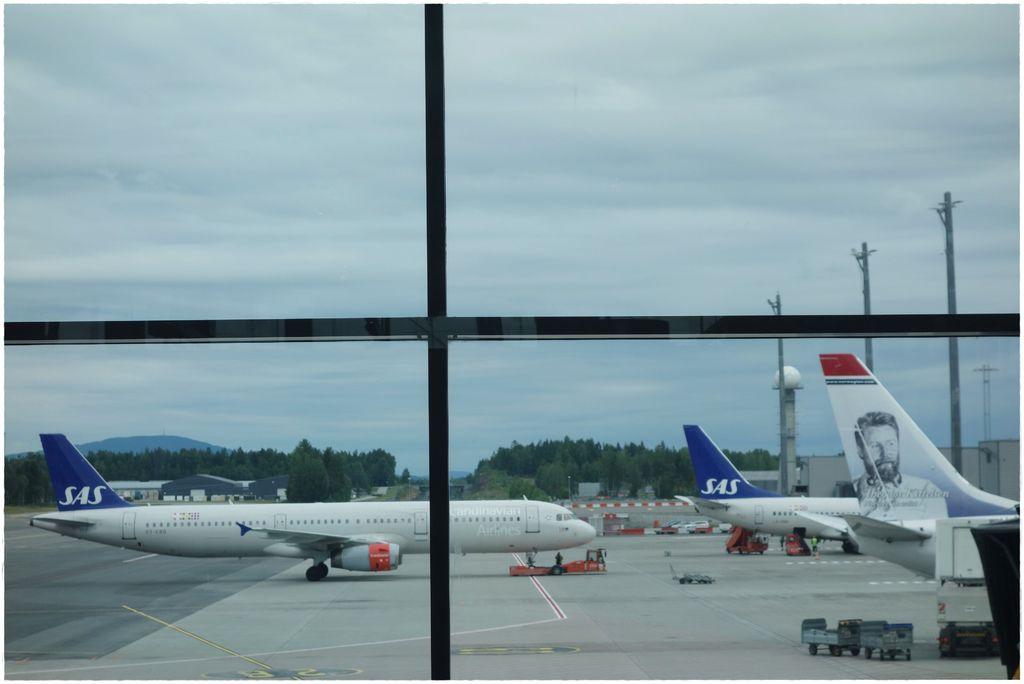 挪威機場-9.JPG