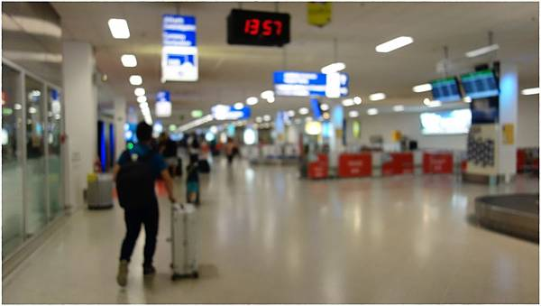 雅典機場-2.JPG