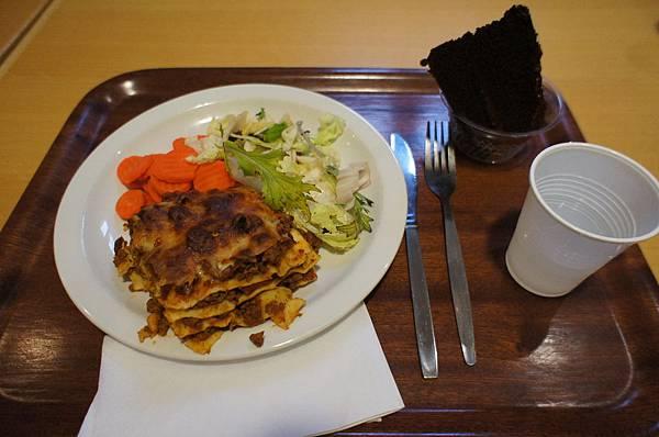 DSC00394-Dinner at Student Restaurant