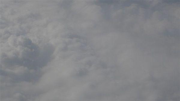 雲真漂亮 不過 起飛時我會怕怕的