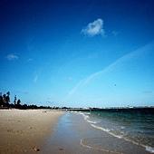 這底片的特色之一是色彩特別飽滿 天空大海特別的藍