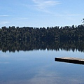 途中經過的另一個不知名的小湖