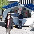 廣場旁邊的冰淇淋攤