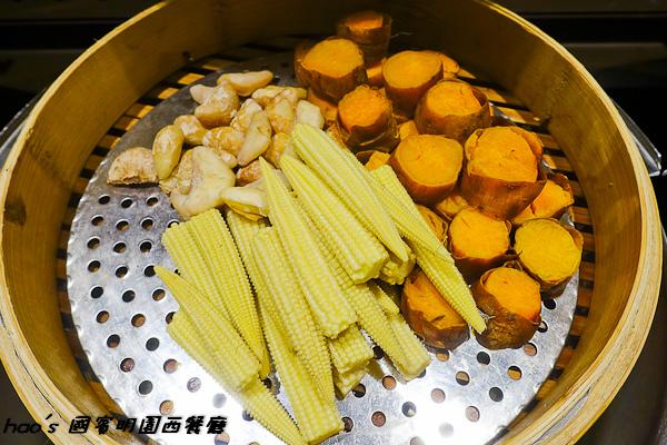 201508 國賓明園西餐廳 063.jpg