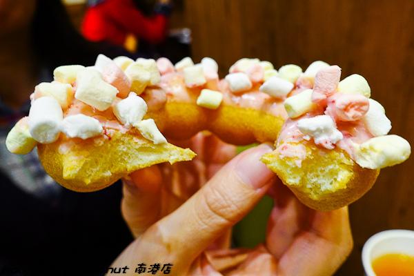 201601 mister donut 南港 042.jpg