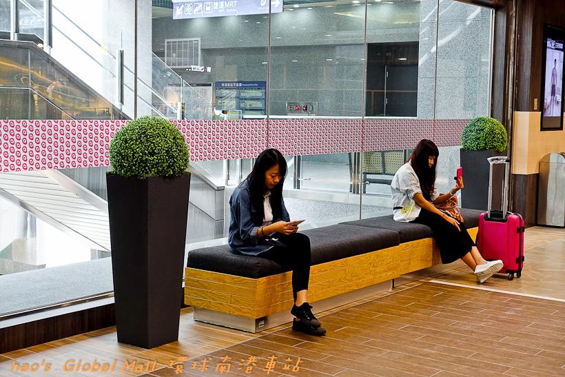 201607Global Mall 環球南港車站058