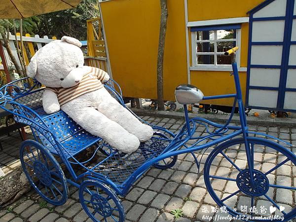 熊熊與腳踏車.JPG
