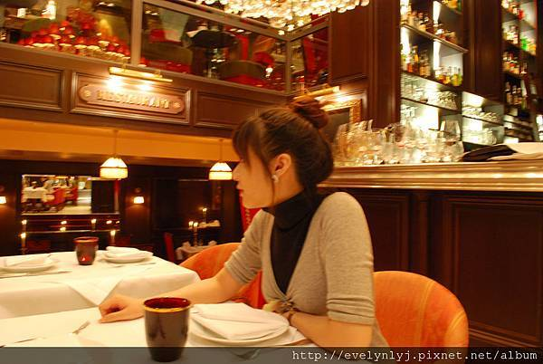 Frankfurt ♫ 法蘭克福 CPhI 參展 + 很棒的餐廳ZARGES