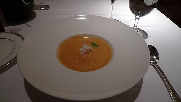 Pasadena法式餐廳 Lobster 濃湯 + 蟹肉 (超好喝!!!)