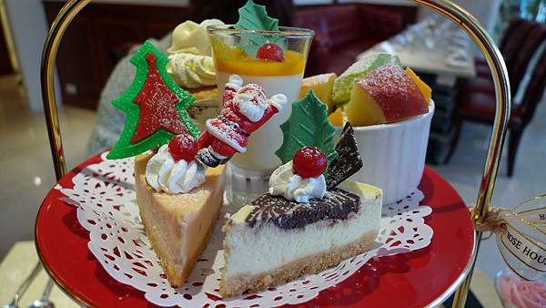★ RoseHouse 高雄古典玫瑰園 ★ 濃濃英式風格下午茶 + 晚餐 ★
