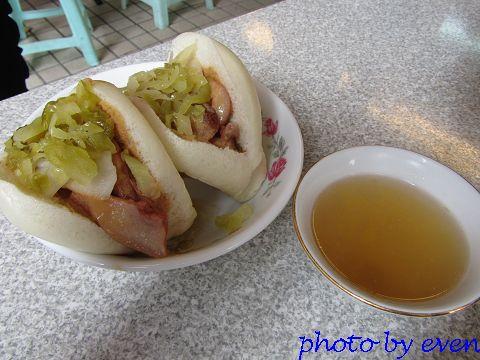 2011.09台南-阿松割包2