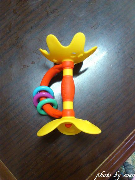 貝親固齒器1