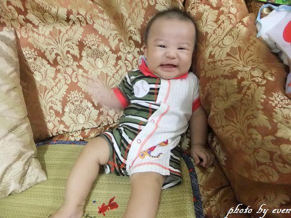 4個月大的小博士2