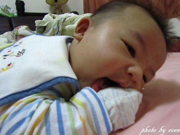 4個月大的小博士7