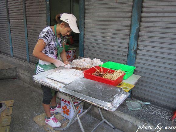 宜蘭東門夜市30年老店雞肉串2