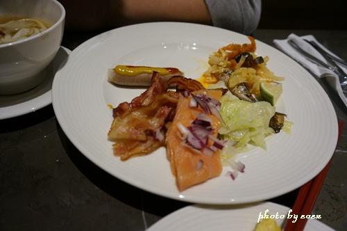 金典酒店早餐2.JPG