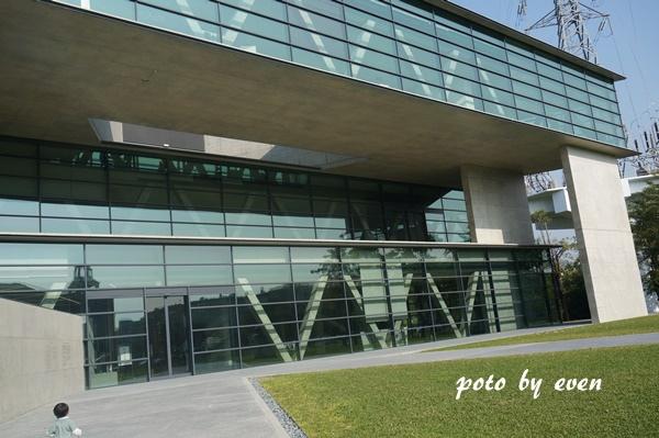 台中亞洲大學美術館10