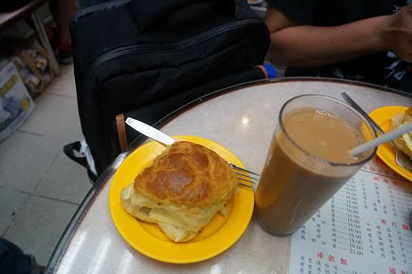 香港金鳳茶餐廳16.JPG