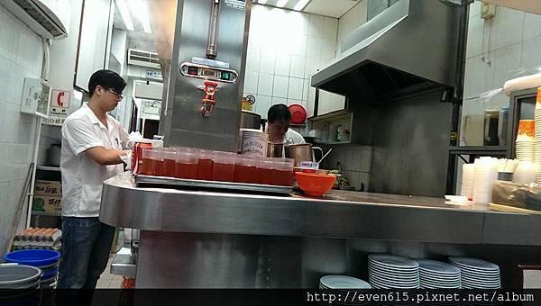 香港金鳳茶餐廳21.jpg