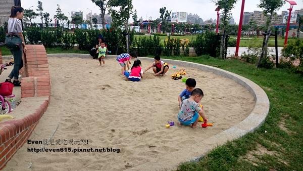 桃園文中北路公園05-20150607.JPG