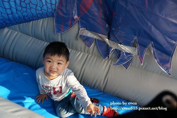花博小恐龍氣墊161-20161110.JPG