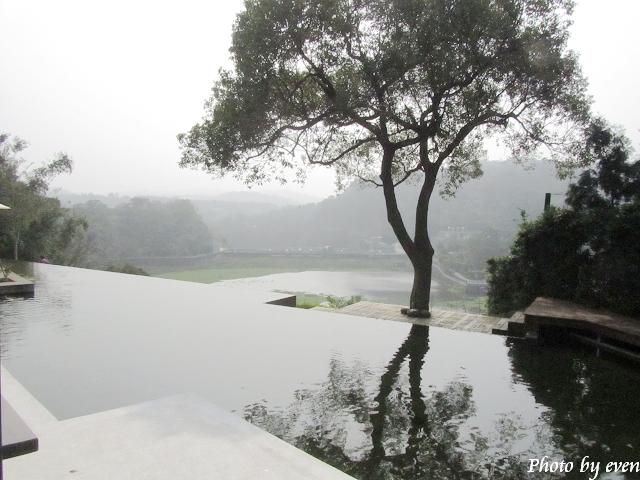 二泉湖畔21.jpg