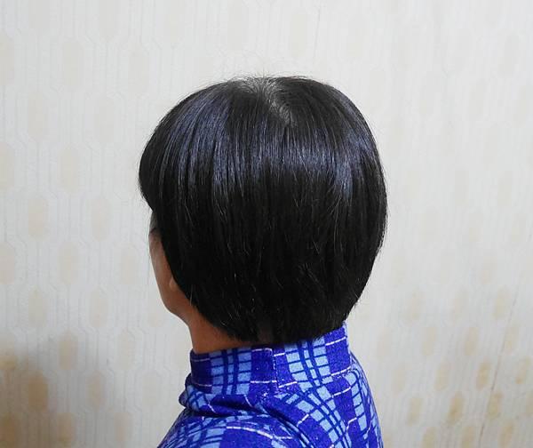 伊絲婷 Master大師系列彈力修護洗髮精8.jpg