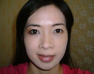右眼閃亮耀眼的妝感2.JPG