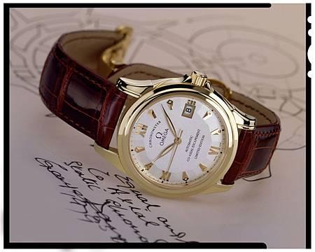 1999年歐米茄推出第一只搭載同軸擒縱機芯的碟飛腕錶