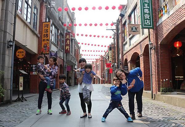 傳藝中心兒童節當天12歲以下兒童全面免門票,連假期間穿親子裝兒童皆可免費入園