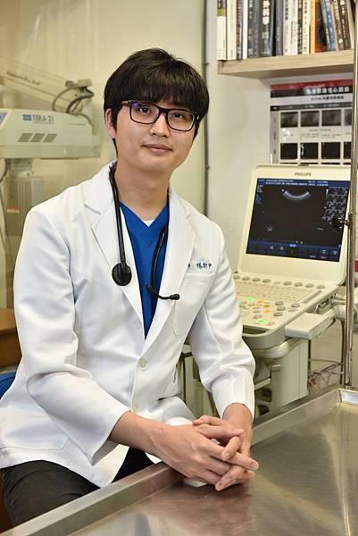 照片一圖說_楊動物醫院 楊斯尹獸醫師