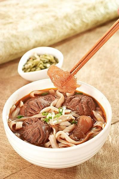 04牛雜大王-半筋半肉牛肉麵