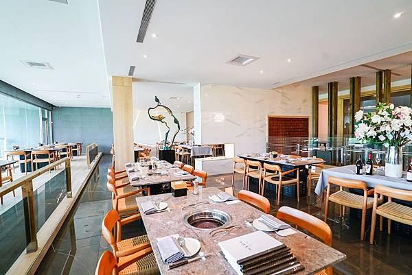 明亮寬敞的用餐環境 用餐舒適「佐賀野仁提供」
