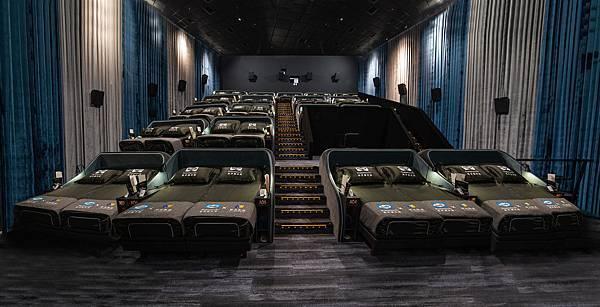 1. Sealy Cinema 席伊麗影廳『全球銷售冠軍名床,全世界第一間席伊麗影廳』