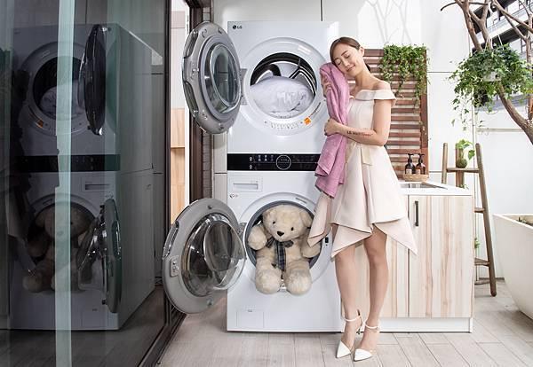 05_智慧技術讓洗衣變簡單且呵護更極致,LG WashTower™ AI智控洗乾衣機,透過AIDD™人工智慧洗滌技術,自動偵測衣物材質、重量並應用全球上萬筆洗滌大數據分析,自動提供最佳洗滌