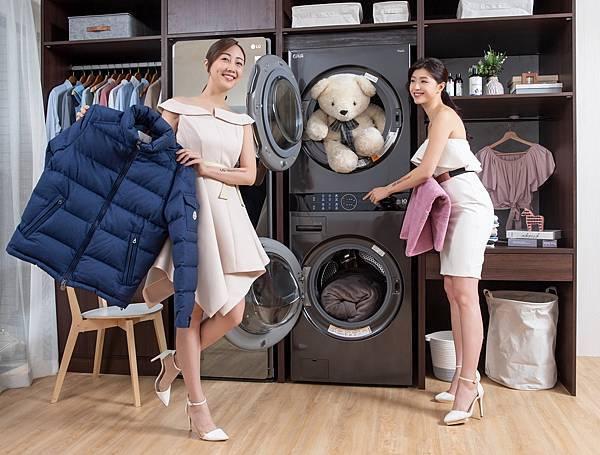 13_LG WashTower™ AI智控洗乾衣機設計更符合人體工學,整體高度較同等容量洗乾衣機堆疊產品相比減少10公分(189公分),且上層乾衣機筒槽貼心下降6公分,更容易取放衣物及拆裝清潔