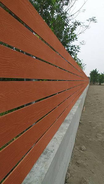 屏東九如案-木紋水泥板#15圍籬 (1).jpg