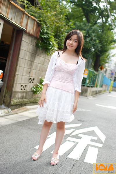 b_xyn043.jpg