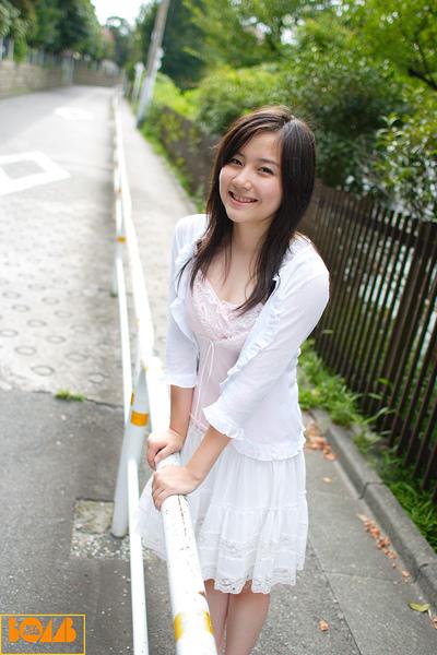 b_xyn036.jpg