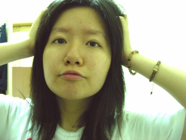 我承認我的頭髮非常亂~XDDD