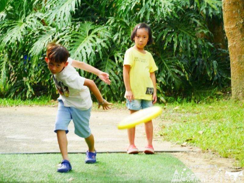 【幸福城堡亲子露营地】孩子们的彩色幻想新乐园 就在日月潭 何师父LOVE露营 白色幸福水教堂倒影迷人 小朋友最爱的探险基地 NO:239
