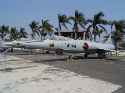 F-104 星式戰鬥攔截機  Starfighter