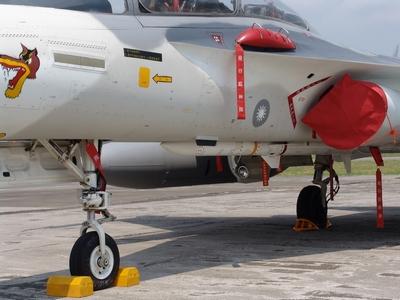 TC-2 天劍二型中程空對空飛彈
