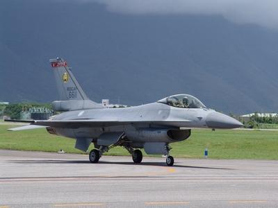 F-16A/B MLU型戰隼式戰鬥機